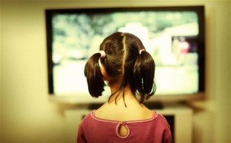 child-television_2322538b
